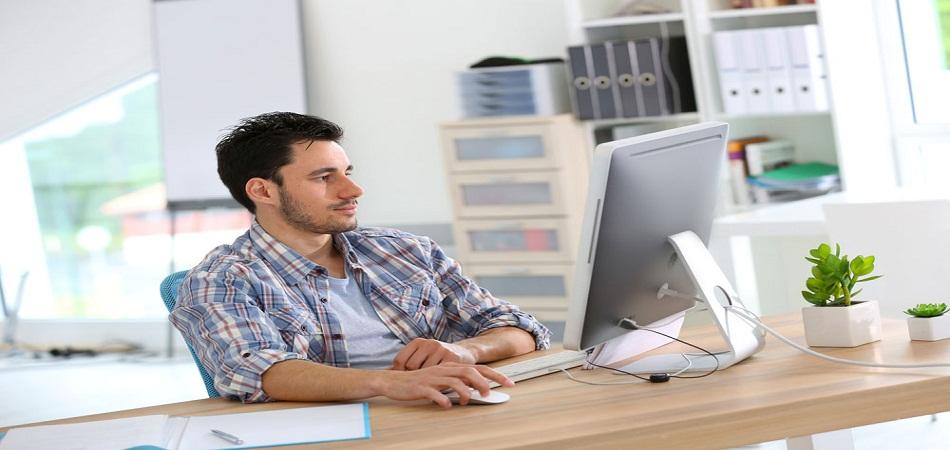 Travailler dans le web : quelles formations suivre ?